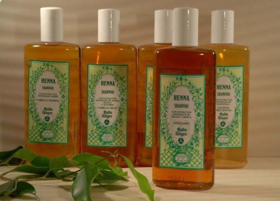 Henna Anti-dandruff Shampoo 250 ml - Radhe Shyam