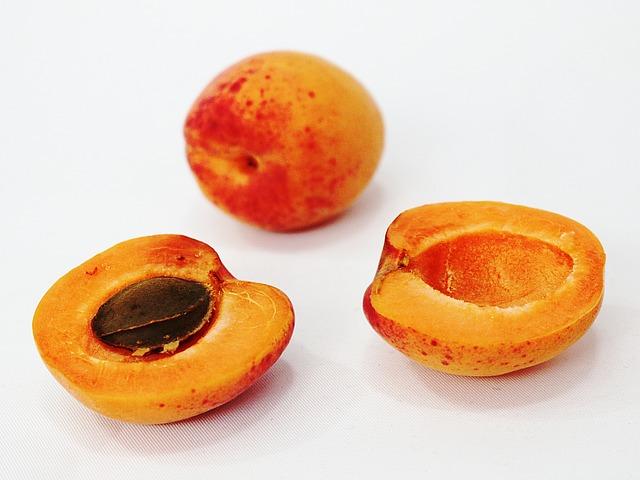 Organic bitter apricot kernel powder Midzu 1 Kg